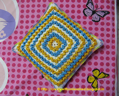Crochet wiggles square cushion 7