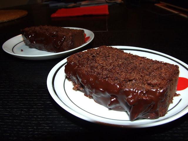 babka z czekoladą i orzechami