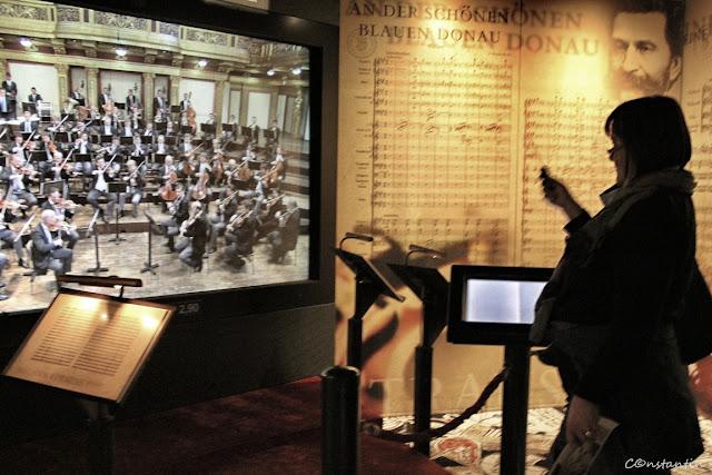 House of Music- Poţi sã dirijezi virtual Orchestra Filarmonicii din Viena - blog FOTO-IDEEA