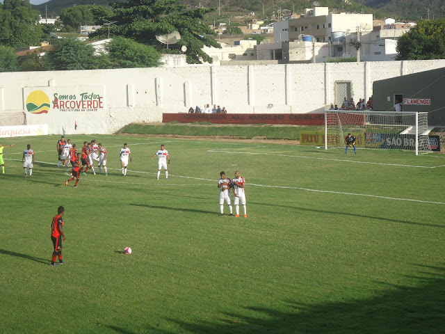 Flamengo de Arcoverde não faz gol e perde para o Afogados