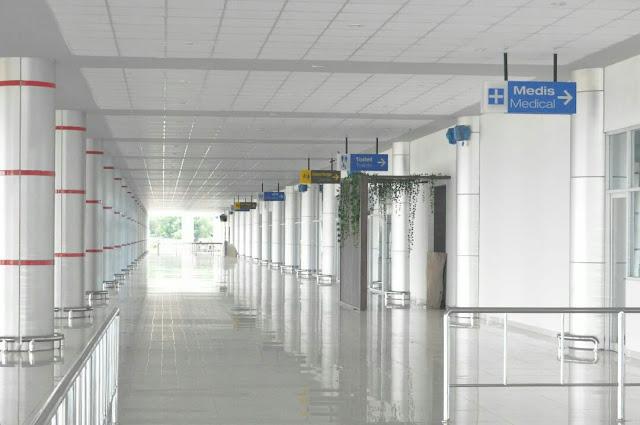terminal baru bandara tjilik riwut palangkaraya bagian luar