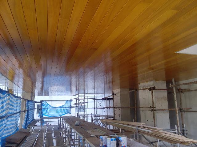 teto-madeira-envernizado