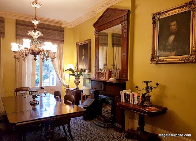 Salão do Lamothe House Hotel em Nova Orleans