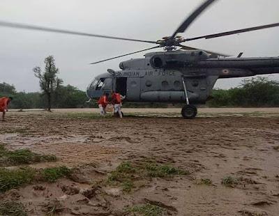 राजस्थान में कई जिलों में बने बाढ़ के हालात,