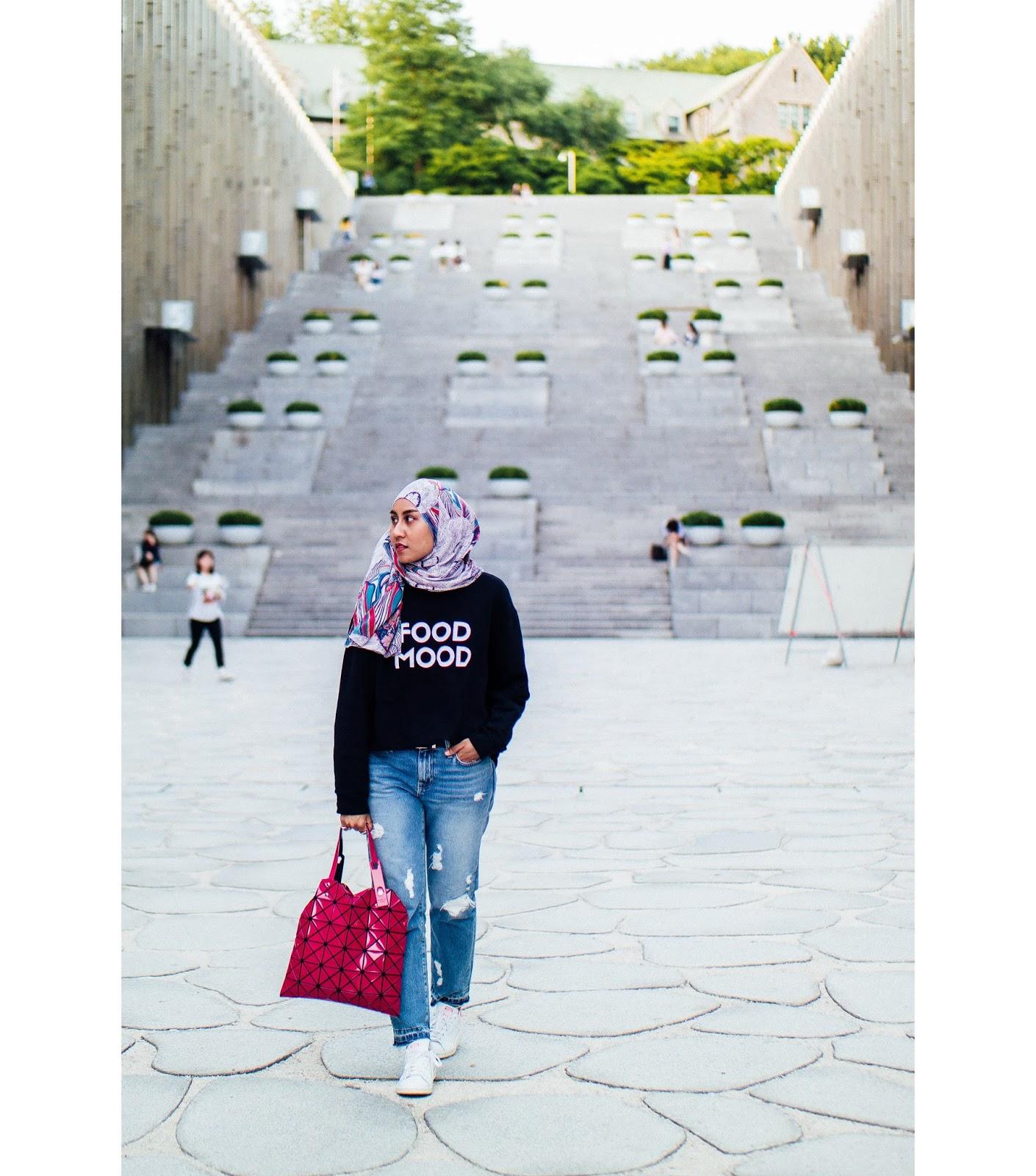Zara Food Mood Sweater Ripped Boyfriend Jeans