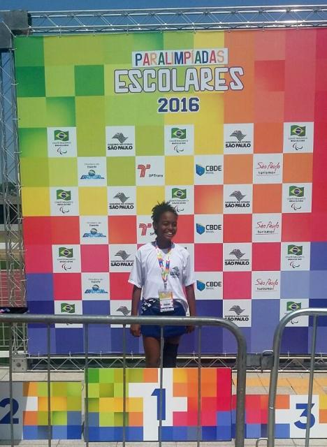 Aluna de Registro-SP conquista ouro na etapa nacional das Paraolimpíadas Escolares