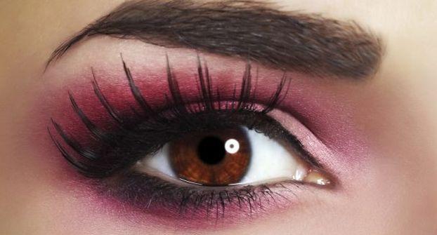 [Resim: oily-eyelids-make-up-tips-THS.jpg]