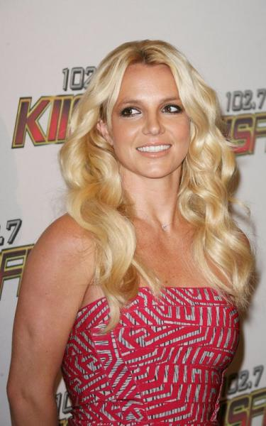 Britney Spears 2011 Fa...