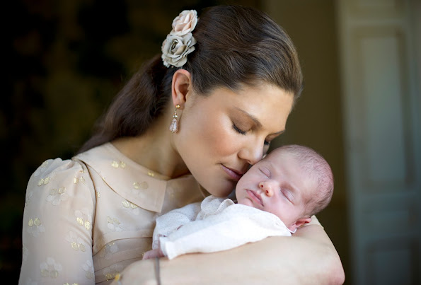Princess Victoria and Princess Estelle, Princess Madeleine and Princess Leonore, Princess Madeleine and Prince Nicolas, Princess Victoria and Prince Oscar. Diamond Tiara, Diamond Earrings, Jewelry