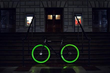 Pure Fix Cycles - Pure Glow HOTEL Bike | Leuchtenden Fahrräder aus den USA