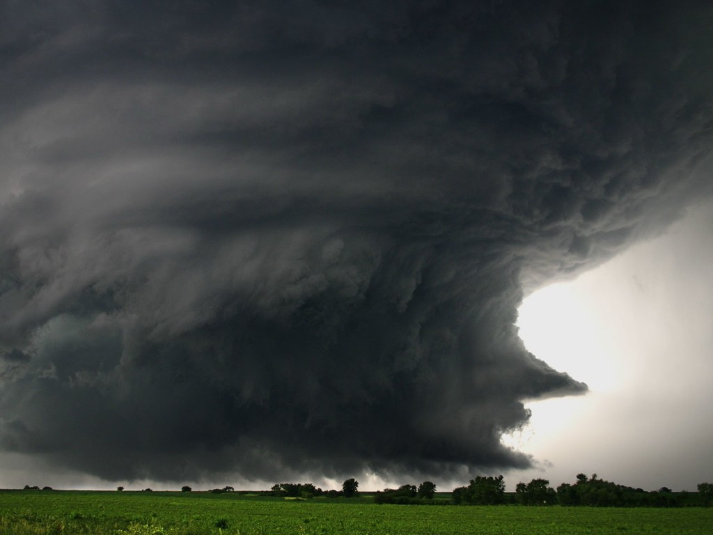 The most dangerous of wind storm | Natural Creations