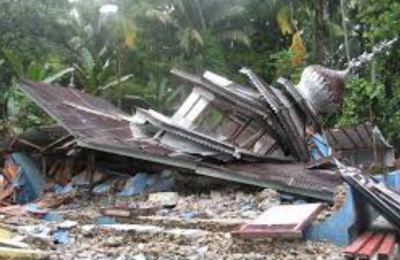 surau akibat gempa