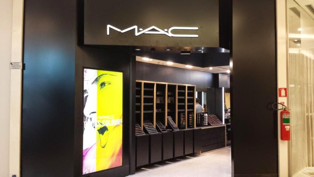 183b133b8b6 M.A.C Cosmetics e Carmen Steffens Maison inauguram lojas no Center Shopping