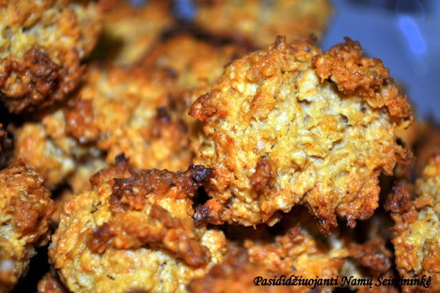RECEPTAS: Sūrūs avižiniai sausainiai