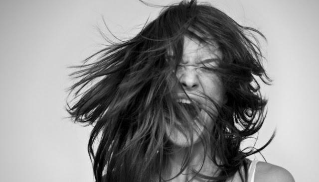Inilah Enam Gejala Fisik Yang Dapat Ditimbulkan Oleh Gangguan Mental Histeria