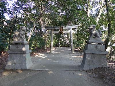 交野天神社 ニの鳥居 狛犬