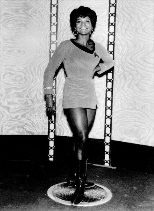 Fappening Erotica Nichelle Nichols born December 28, 1932 (age 85)  nudes (92 images), Facebook, butt