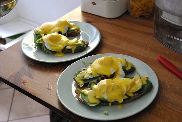 Eggs Benedict mit Sauce Hollandaise