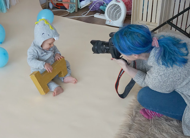 baby photo shoot with rachel clarke photography liverpool