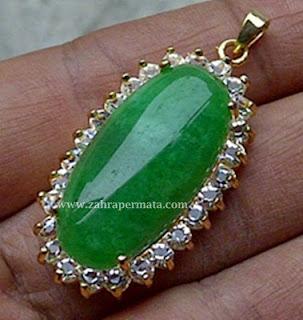 Leontin Batu giok Jadeite Jade