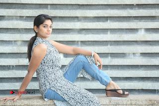 Telugu Television Actress Karuna Latest Pos In Denium Jeans  0134.JPG