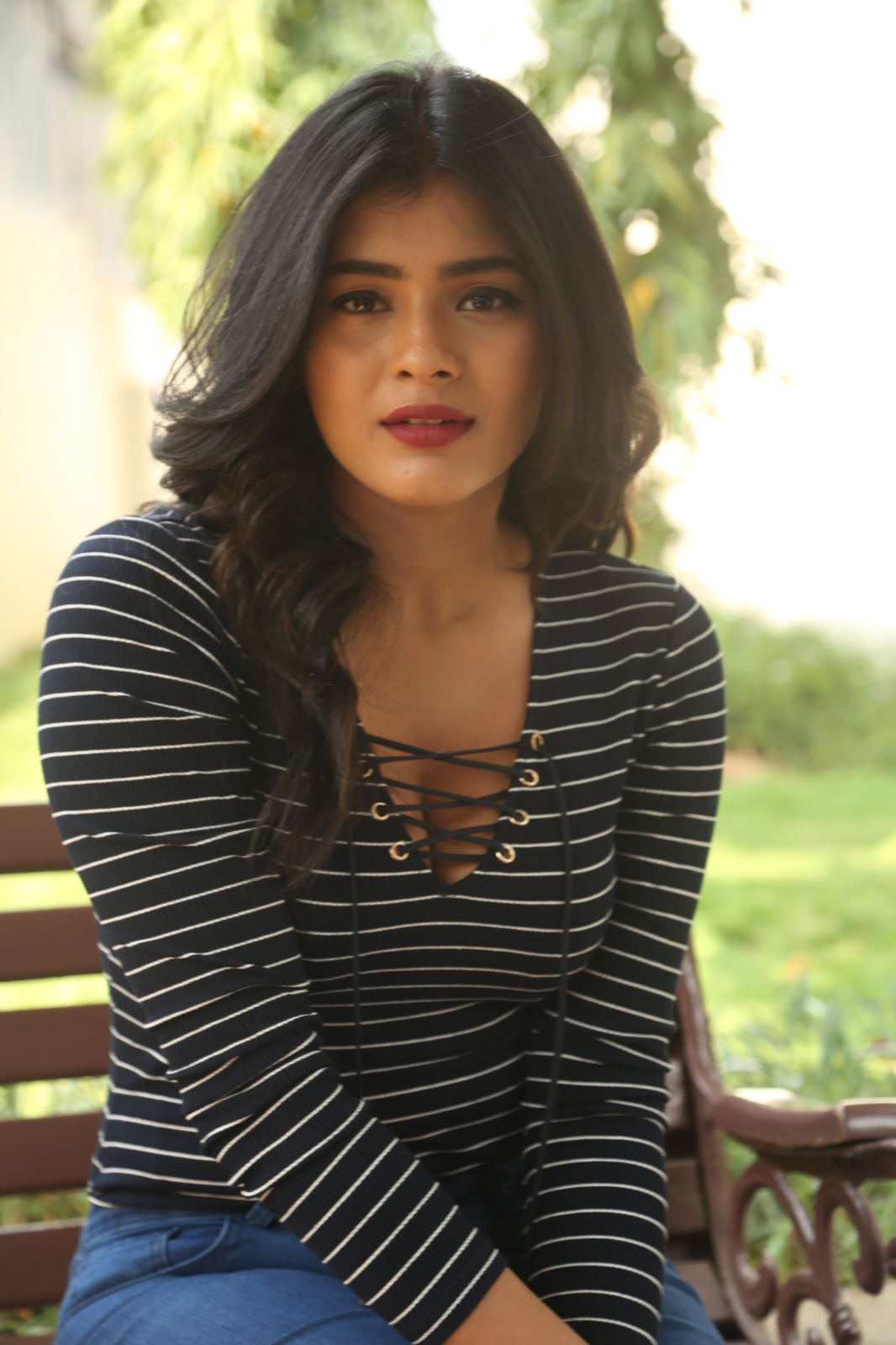 Super Sexy Young Slut Beauty Hebah Patel Deep Cleavages At -2519