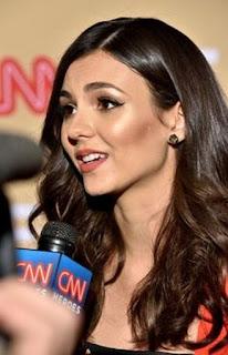 Victoria Justice in CNN Heroes