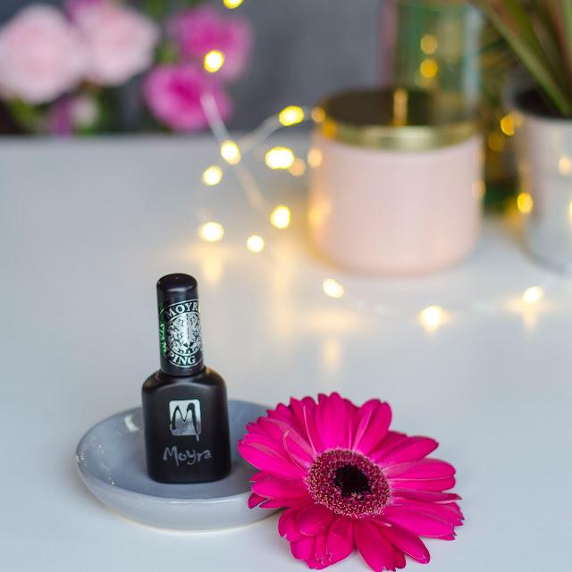 Moyra foil stamping polish