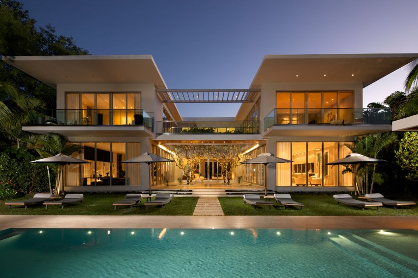 Mimo House Is A Residential Project Completed By Kobi Karp Architecture The Home Located In Miami Beach Florida USA