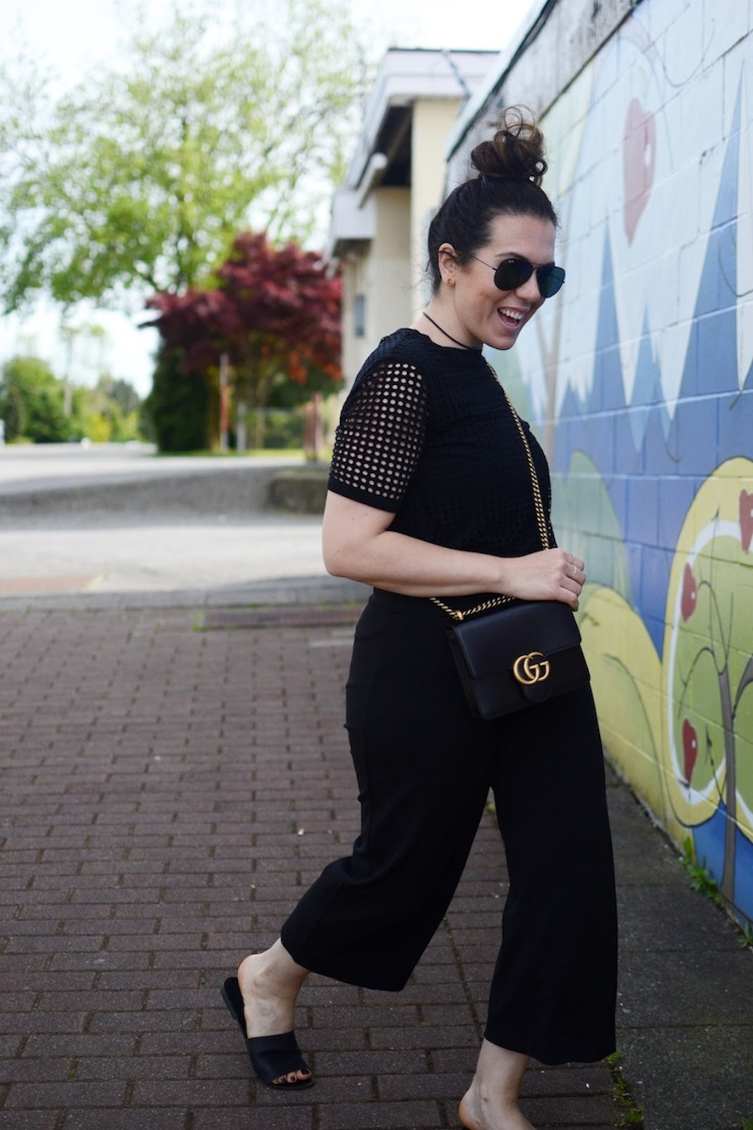 Bench mesh T shirt blogger vancouver le chateau culottes outfit