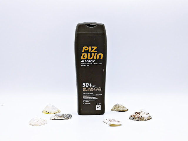 locion piel sensible SPF50 Piz Buin allergy Pharmanavas dermocosmetica proteccion solar sunprotect farmacia