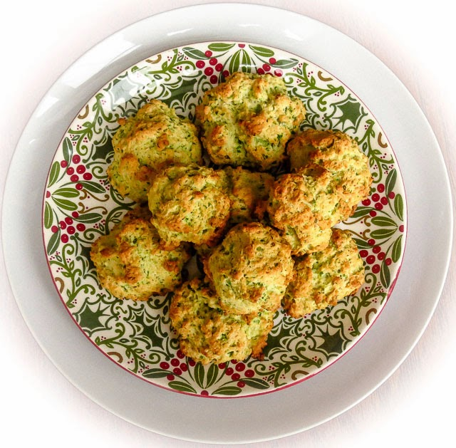 OnTheMove-In The Galley: Green Onion Biscuits