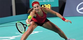 Makarova stuns Ostapenko in sweltering Sydney