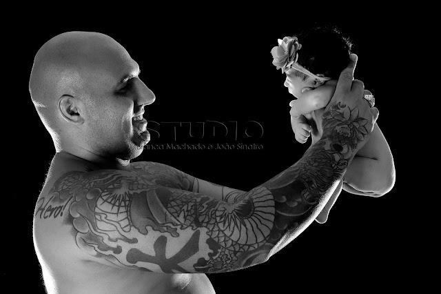 bebes e papais tatuados