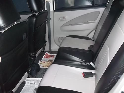 iklan bisnis samarinda dijual mobil daihatsu sirion 2011 manual putih posisi samarinda. Black Bedroom Furniture Sets. Home Design Ideas