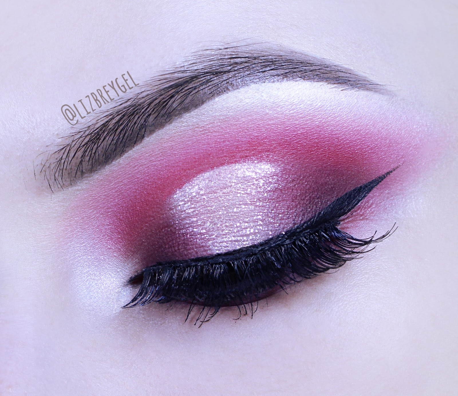 hot pink smokey smoky eye makeup eyeliner date night out look