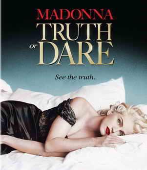 https://4.bp.blogspot.com/-KnGq6TXazao/WDeTiFfzsgI/AAAAAAAAAyg/BY5Z2rGmTFEjNkaZMm1Wrmm-FzVHUps3ACLcB/s1600/MadonnaTruthorDare1991.jpg
