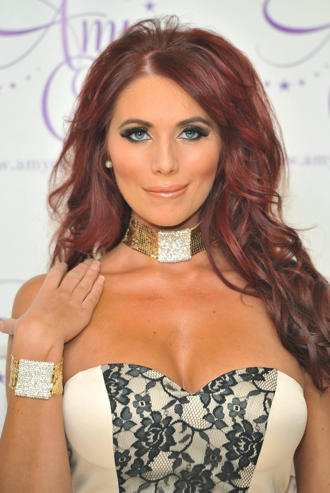 Amy Childs And Her Big Boobs | HQ Celebs Daily