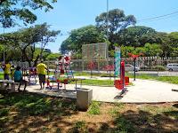 Aparelhos para ginástica no Centro Esportivo Tietê