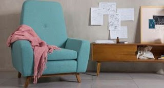 sofa baca di kamar tidur