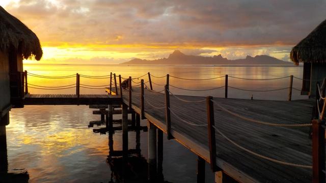 Coucher de soleil sur Moorea en Polynesie