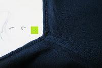 Achsel: ARMEDANGELS Herren Strickpullover aus Bio-Baumwolle - Miko - blau GOTS