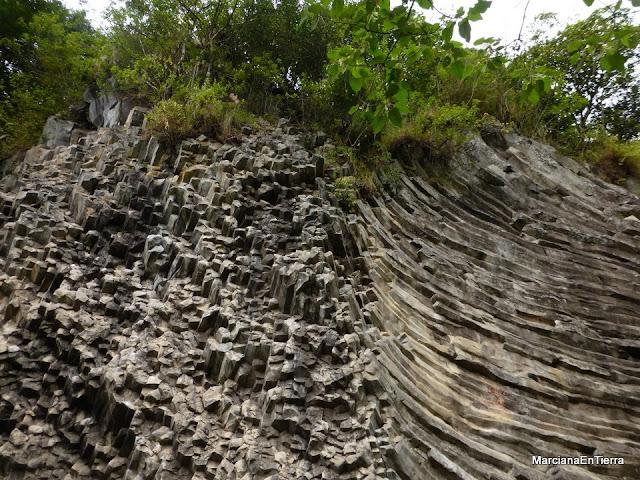 Los Ladrillos, formación basáltica, pared para escaladores, Boquete, Panamá
