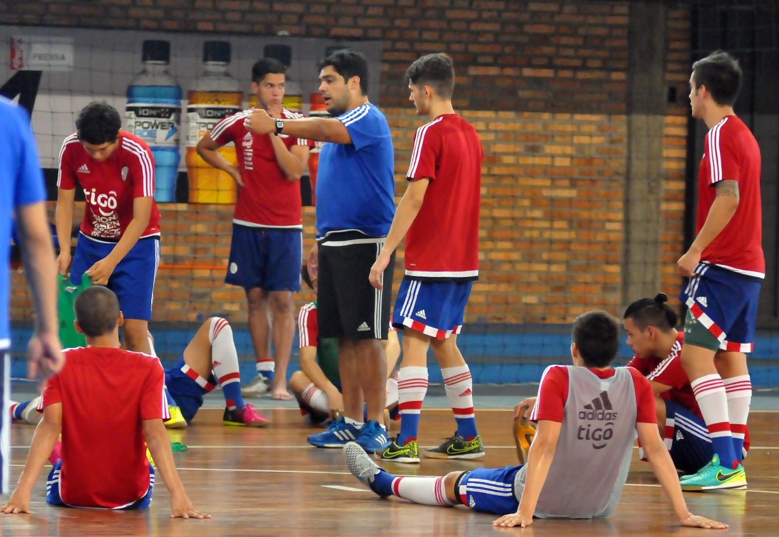 La Sub 17 masculina de futsal de Paraguay se prepara  ccb75c144e200