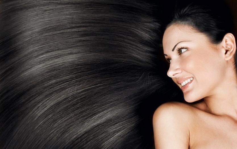 Cara Merawat Rambut Panjang dengan Ramuan Alami Ini Dengan Manfaat Buah-Buahan artis cantik dengan rambut hitam panjang