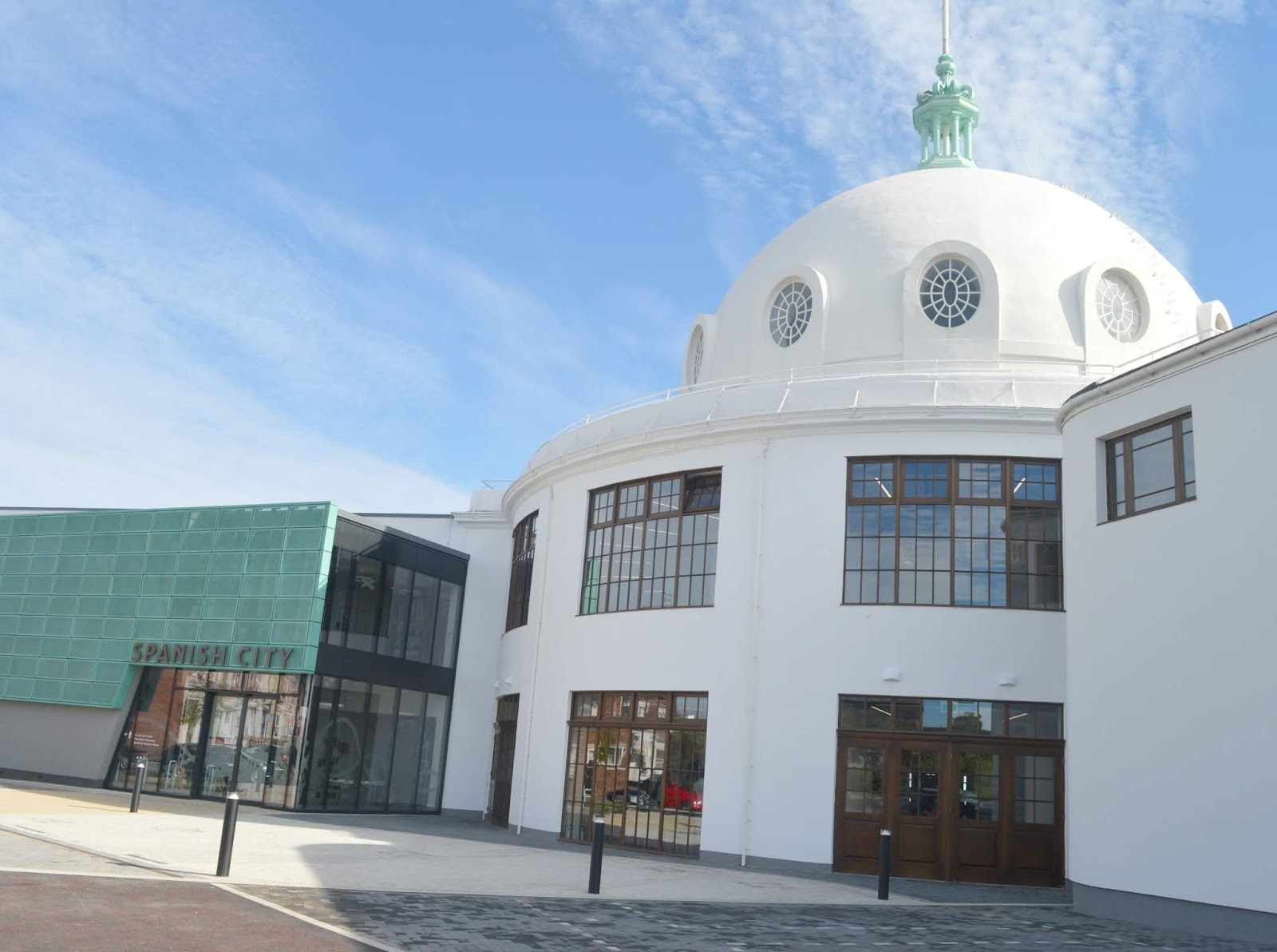 Spanish City, Whitley Bay - What Restaurants are Inside the Dome?