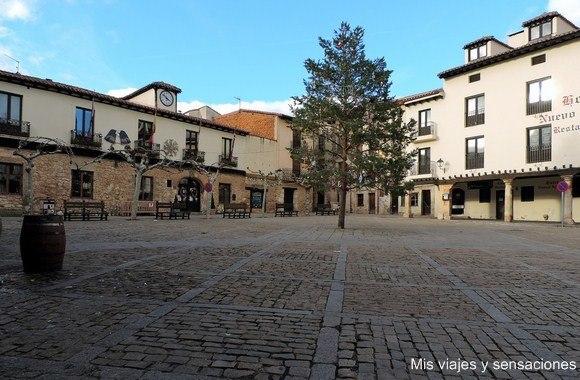 Plaza Mayor, Plaza de Doña Urraca, Covarrubias, Castilla y León, Burgos