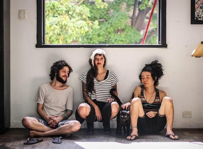 """""""A música brasileira é muito rica e linda pra ficar fora dos grandes palcos"""", diz Larissa Conforto, baterista da Ventre"""