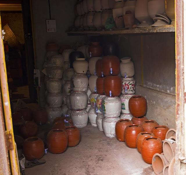 storeroom, pots, water pots, kumbharwada, dharavi, mumbai, india,