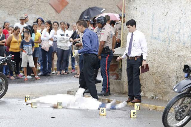 Asesinan a vendedor de hallaquitas en los Jardines del Valle